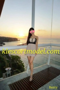 Berry – Subang Local Chinese Escort