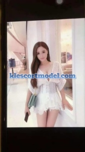 Men Ren - Kl Escort - China Model - Petaling Jaya