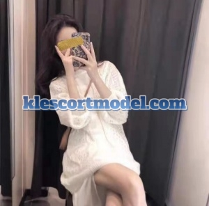 Siti – Subang Local Malay Escort